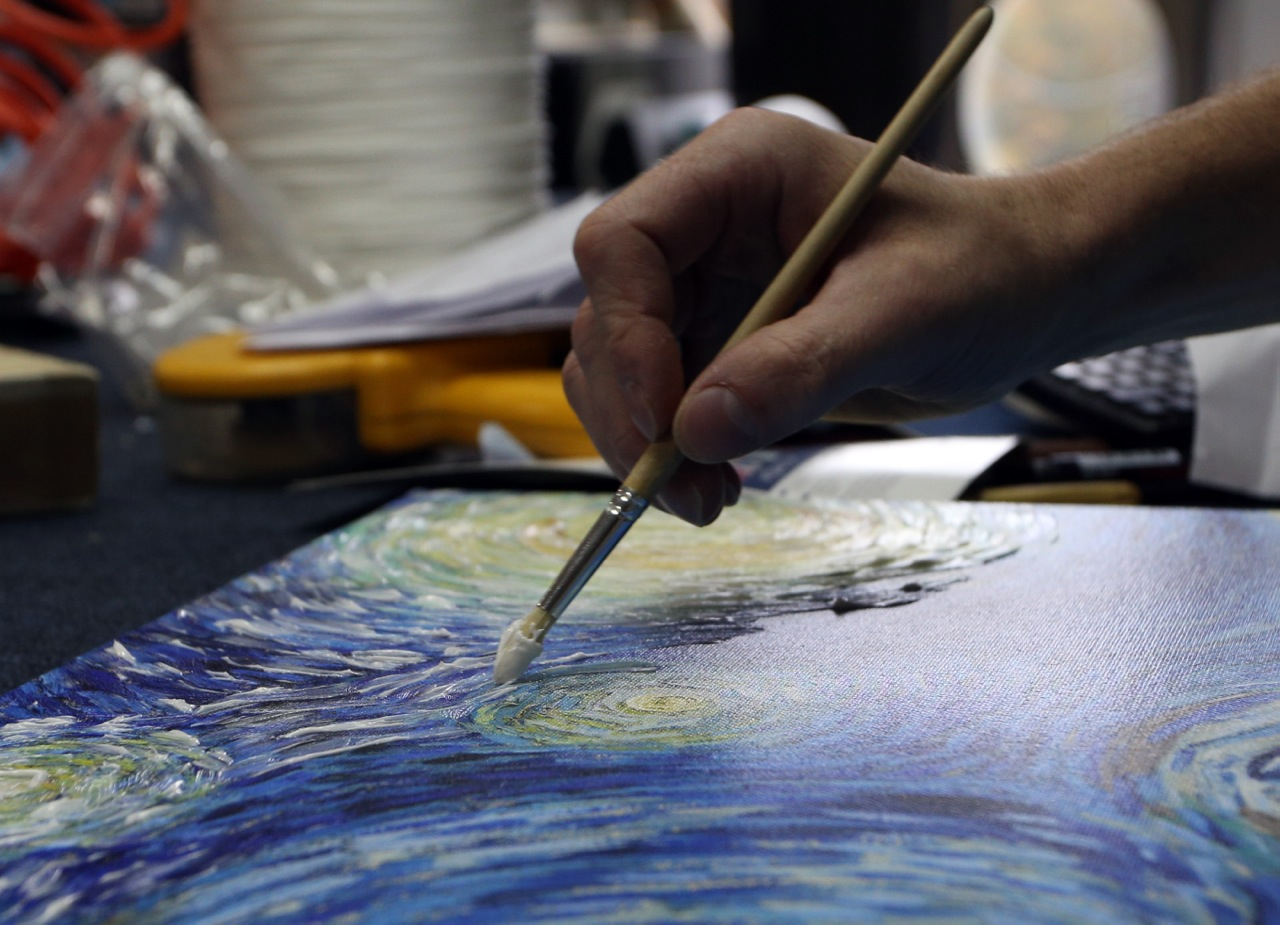 Covering a Canvas With Varnish and Gel